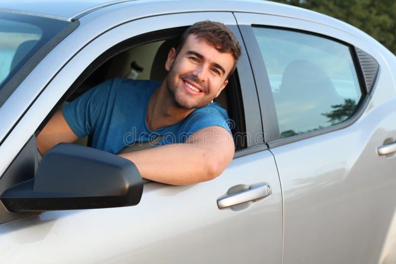 Portrait de sourire de conducteur masculin magnifique photo libre de droits