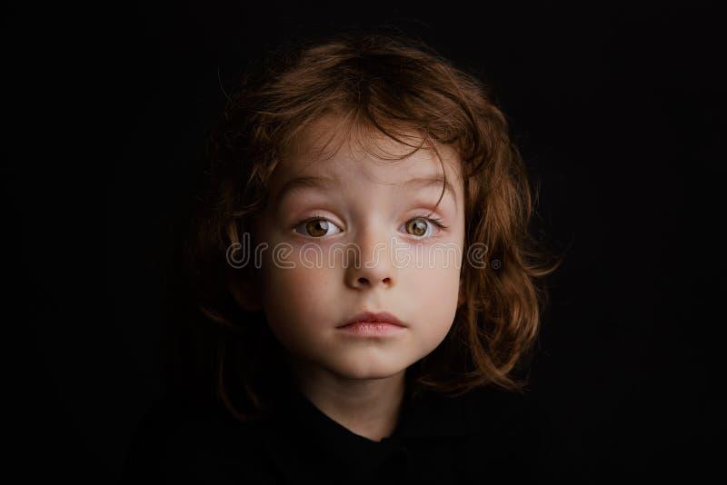 portrait an de studio du garçon 5 image stock