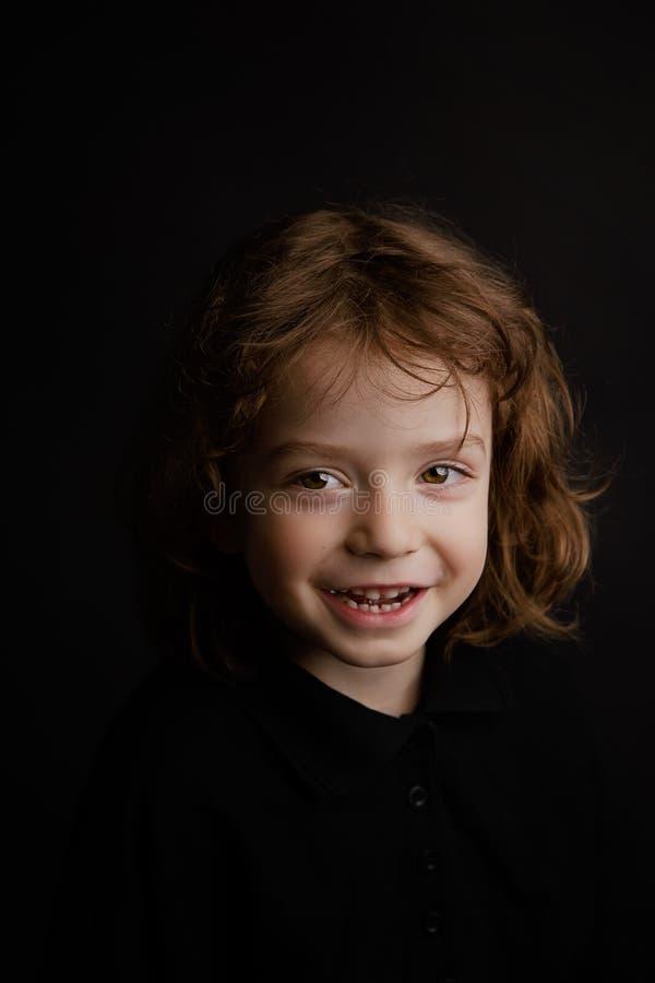 portrait an de studio du garçon 5 photographie stock