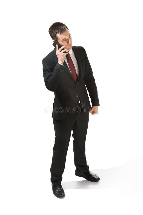 Portrait de trois quarts d'un homme d'affaires avec le visage très sérieux Professionnel sûr avec le regard de perforation dans photo stock