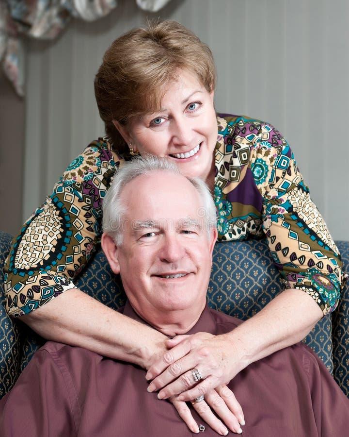 Portrait der fälligen Paare stockbild