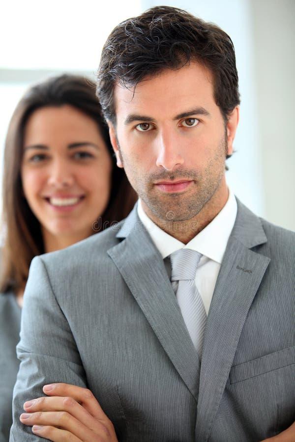 Portrait der Geschäftsleute lizenzfreie stockfotos