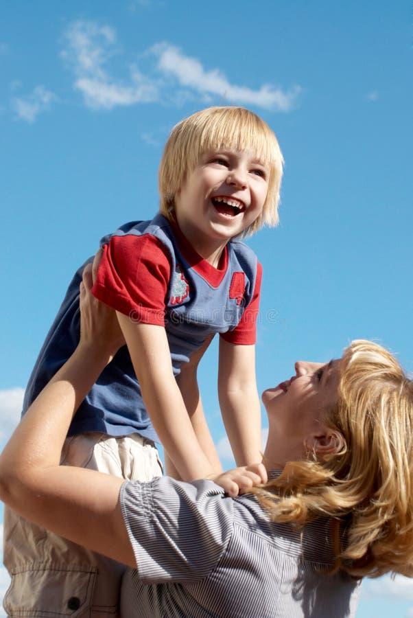 Portrait der glücklichen Familie stockfotos