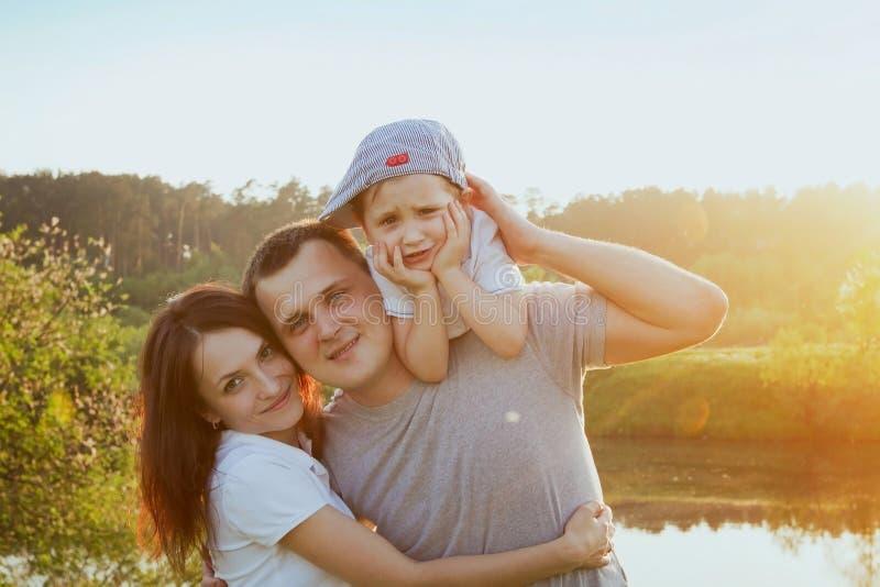 Portrait der glücklichen Familie stockfoto