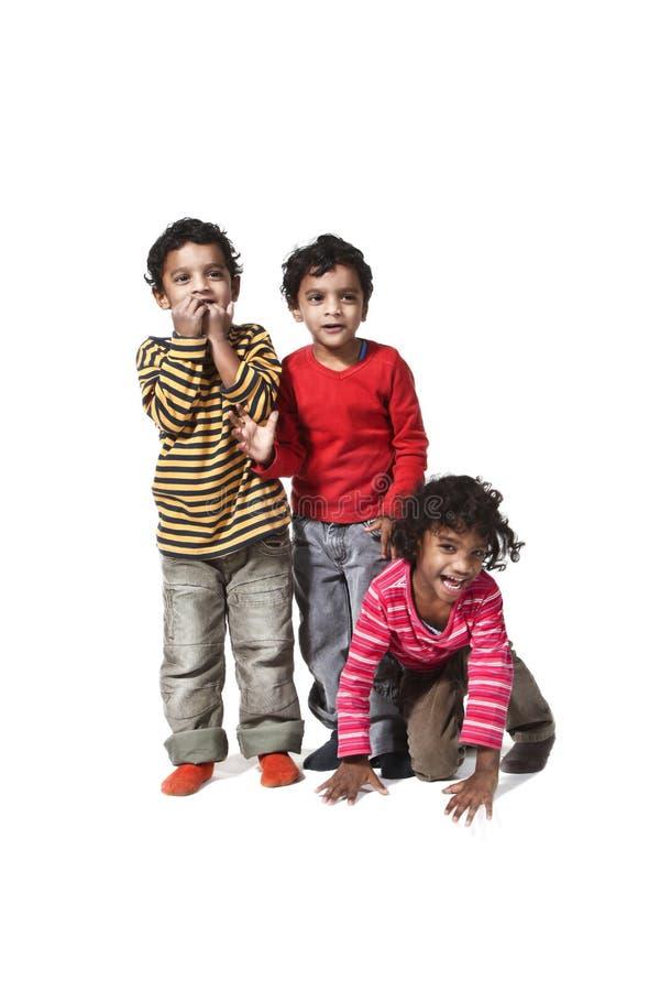 Portrait der glücklichen Kinder stockfotografie