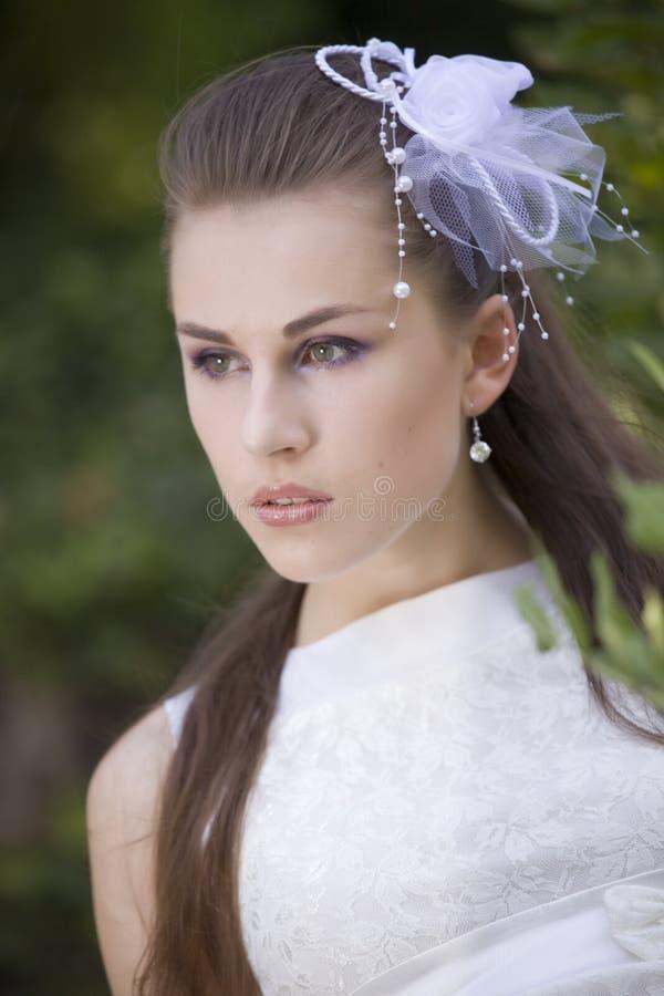 Portrait der jungen Braut stockfotos