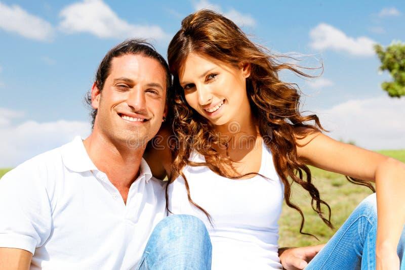 Portrait der jungen Paare lizenzfreies stockbild