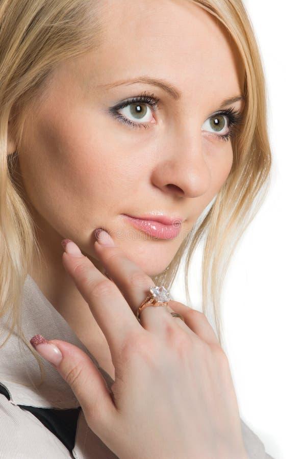 Portrait der jungen Schönheitsfrau stockfotos