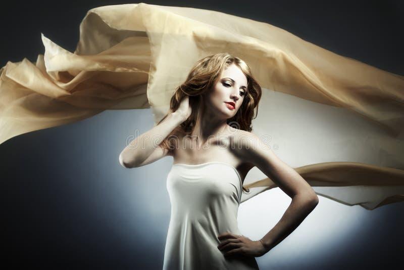 Portrait der jungen sexuellen Frau lizenzfreies stockbild