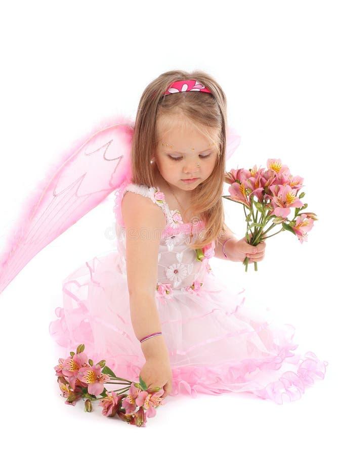 Portrait der kleinen Prinzessin in einem rosafarbenen Kleid stockfotos