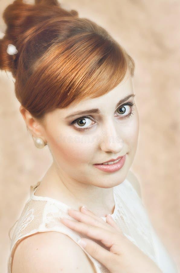 Portrait der schönen Braut lizenzfreie stockbilder
