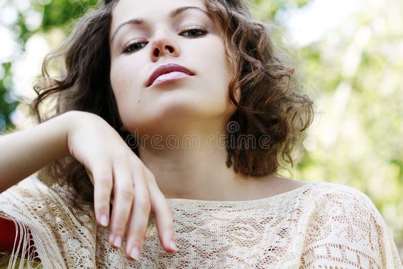 Portrait der schönen Frau lizenzfreie stockfotografie
