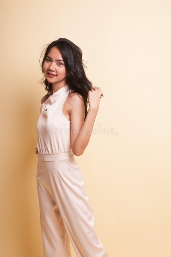 Portrait der schönen jungen asiatischen Frau stockfotos