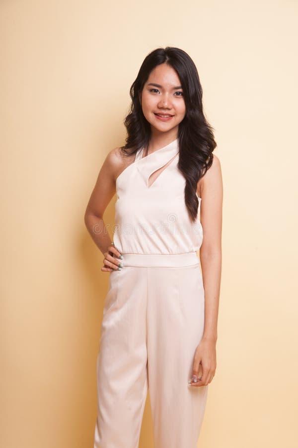 Portrait der schönen jungen asiatischen Frau lizenzfreies stockbild