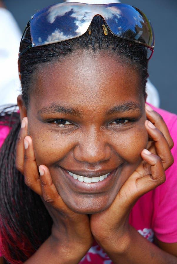 Portrait der schwarzen Frau stockfotos
