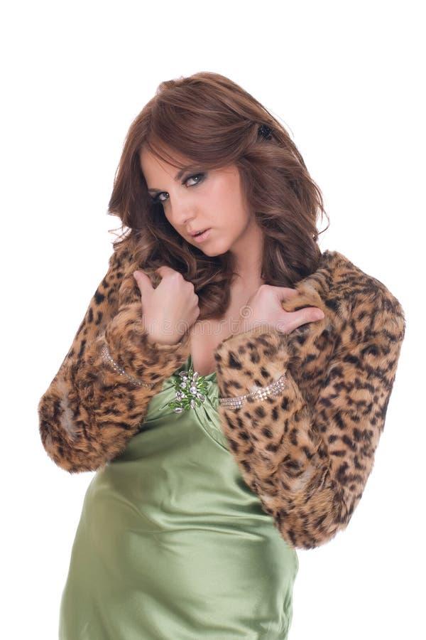 Portrait der Zauberfrau im grünen Kleid lizenzfreies stockfoto