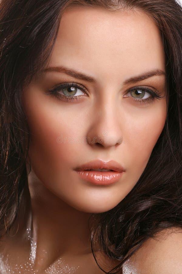 Portrait des attraktiven jungen Erwachsenen stockbilder