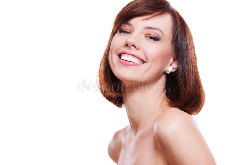 Portrait des attraktiven lachenden Baumusters lizenzfreie stockfotografie