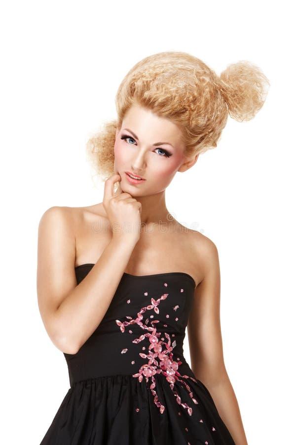 Portrait des blonden Mädchens stockfoto