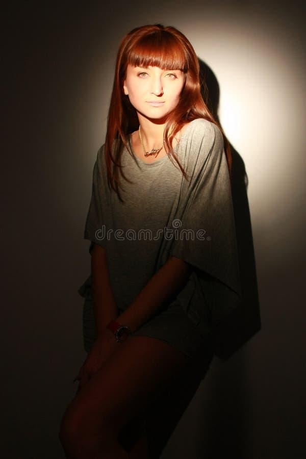 Portrait des eleganten Mädchens. lizenzfreie stockbilder