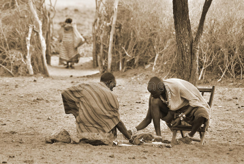Portrait des hommes de Maasai images stock