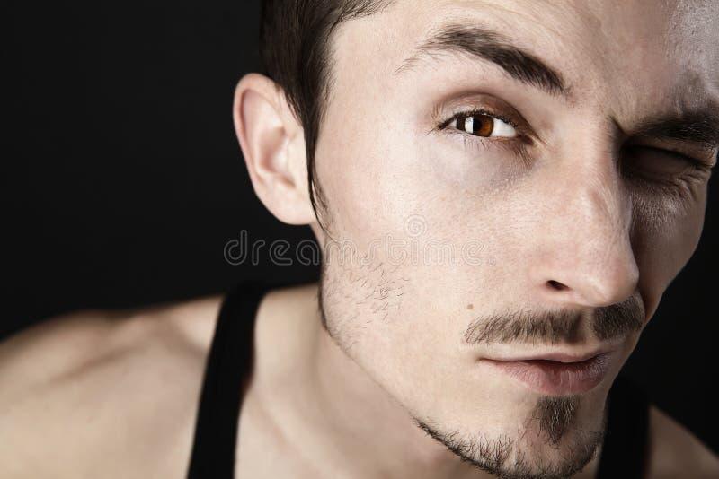 Portrait des jungen Mannes. lizenzfreie stockfotos