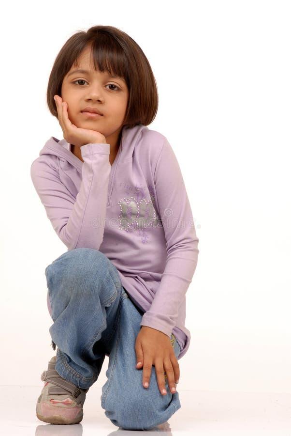 Portrait des kleinen indischen Mädchens lizenzfreie stockfotografie