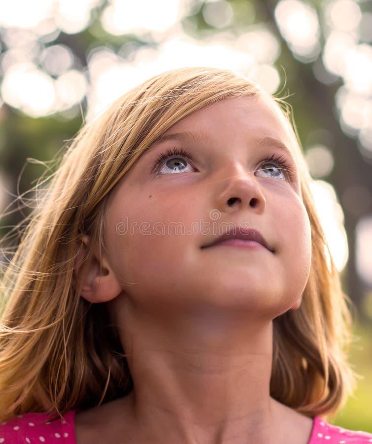 Portrait des kleinen Mädchens stockfotografie