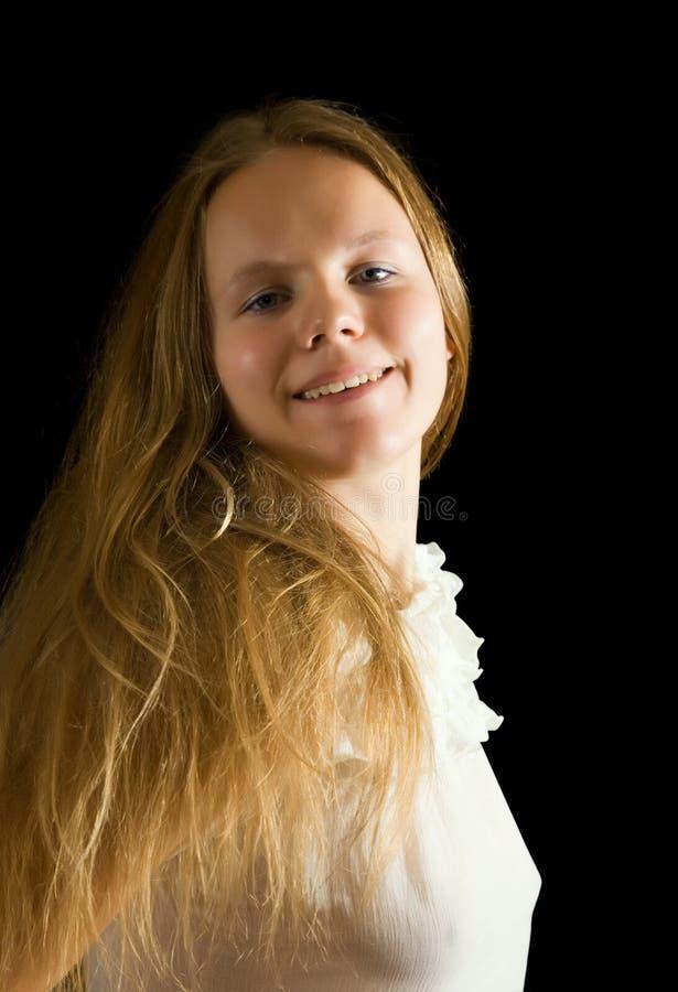 Portrait des langhaarigen Mädchens lizenzfreie stockfotografie