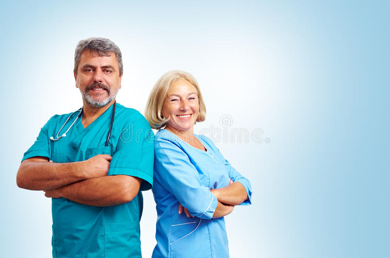 Portrait des médecins adultes sûrs photo libre de droits