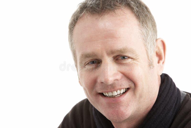 Portrait des mittleren gealterten Mannes lizenzfreies stockfoto