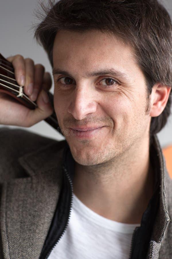 Portrait du sourire de musicien image libre de droits