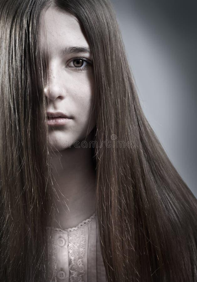 Portrait einer Jugendlichen stockfotografie