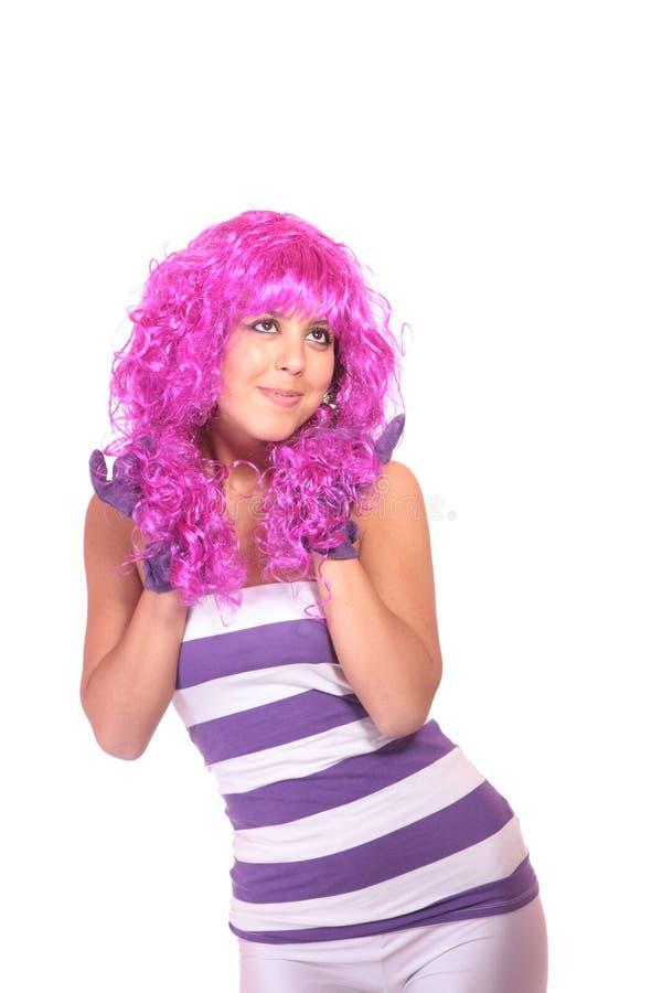 Portrait einer jungen Frau, ein dummes Gesicht bildend lizenzfreie stockfotos