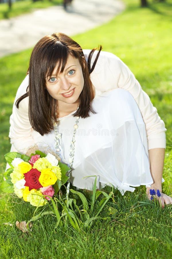 Portrait einer jungen schönen Braut lizenzfreie stockfotos