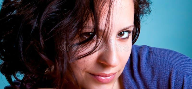 Portrait einer recht jungen Frau stockbilder