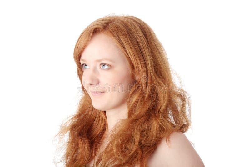 Portrait einer schönen Redheadfrau lizenzfreies stockbild