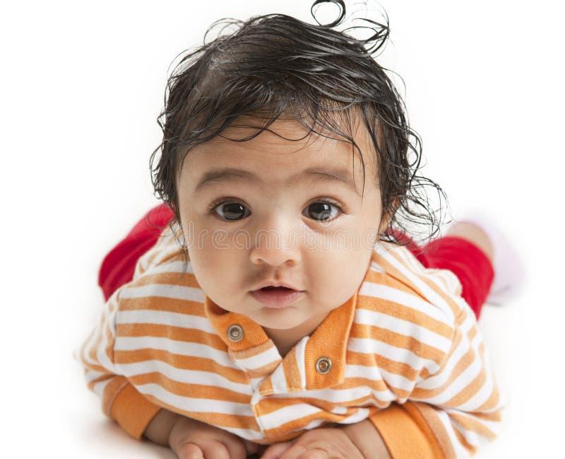 Portrait eines Babys auf weißem Hintergrund stockbilder
