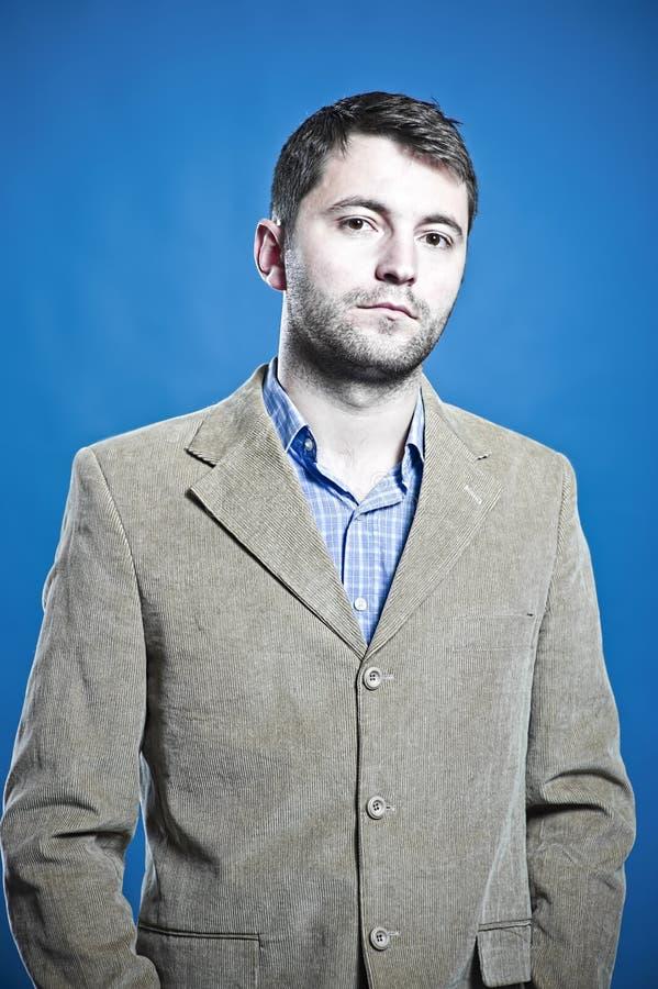 Portrait eines Geschäftsmannes lizenzfreie stockfotos