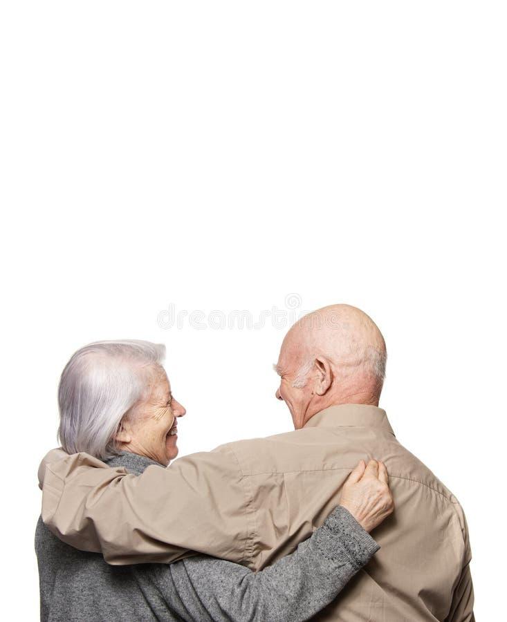 Portrait eines glücklichen älteren Paares lizenzfreie stockfotos