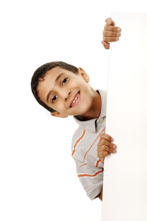 Portrait eines glücklichen kleinen Jungen stockbilder