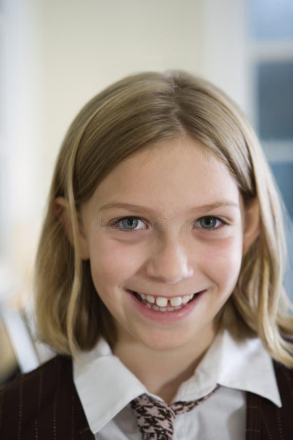 Portrait eines jungen blonden Mädchens lizenzfreie stockfotos