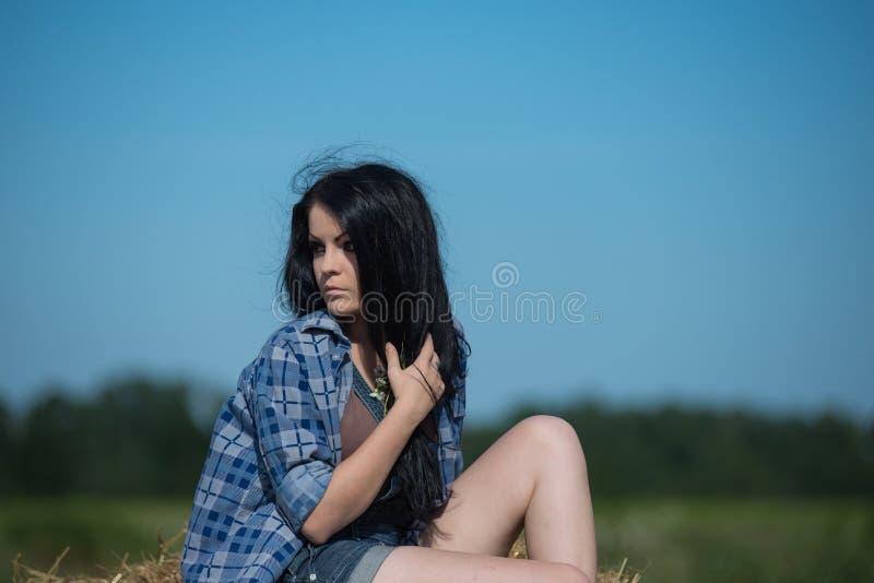 Portrait eines jungen schönen Mädchens stockfoto