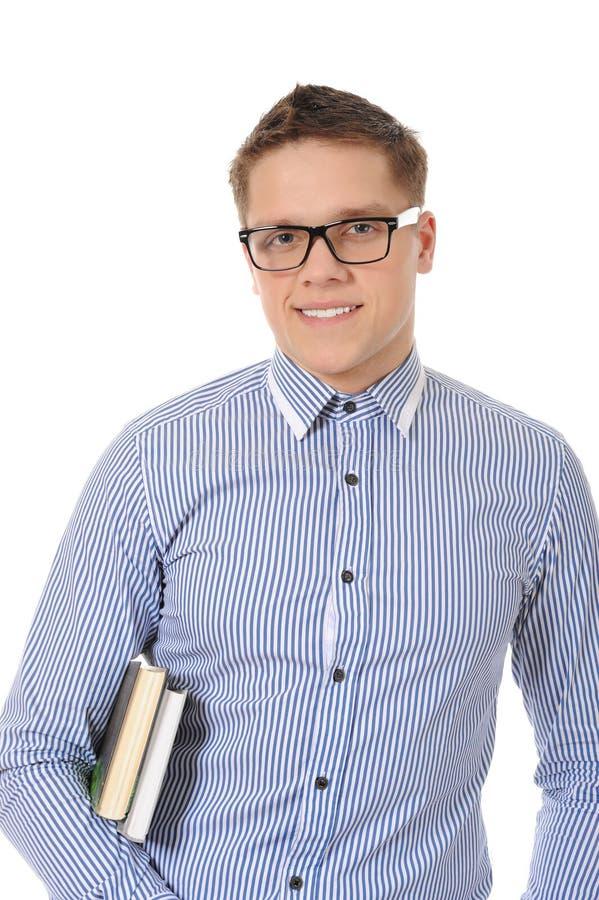 Portrait eines lächelnden jungen Mannes stockfotografie