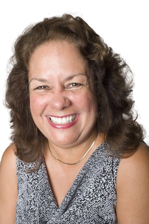 Portrait eines Latinofrauenlächelns lizenzfreie stockfotos