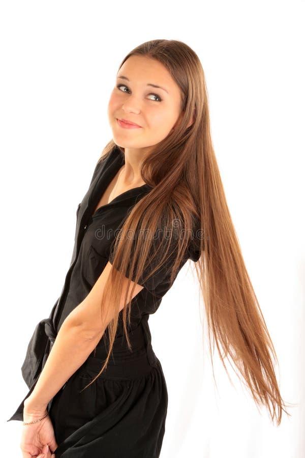 Portrait eines Mädchens mit dem langen Haar stockfoto