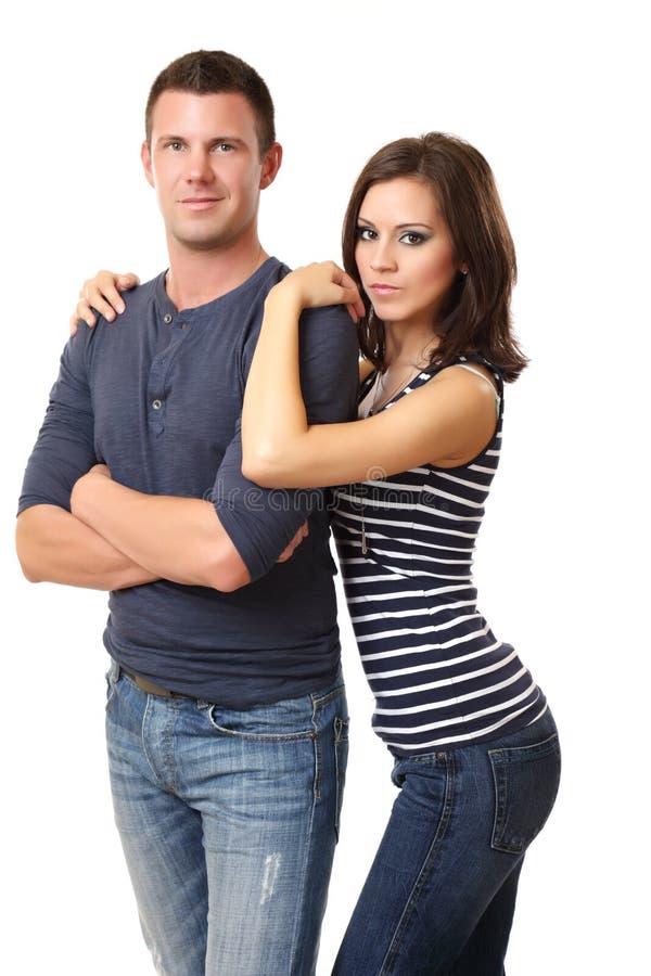 Portrait eines netten jungen Paares lizenzfreie stockfotografie