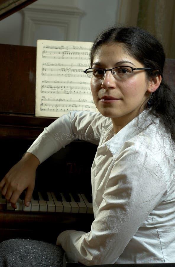 Portrait eines Pianisten stockfotos