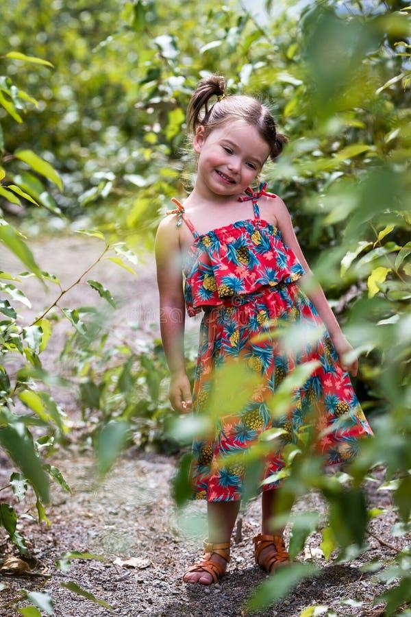 Portrait extérieur pour enfants photos stock