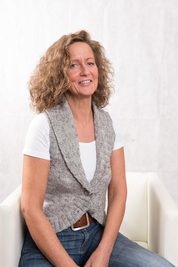 Portrait fort, femme riante photos libres de droits